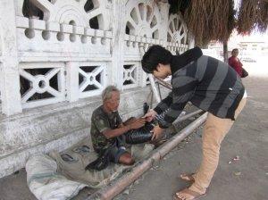 kegiatan Baksos di Alun-alun Selatan Yogyakarta