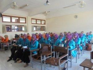 Sharing antara HMPS Biologi Universitas Ahmad Dahlan dengan HMJ Biologi Universitas Muhammadiyah Surakarta
